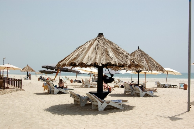 Beach_off_of_the_Crown_Plaza_Hotel__Sala